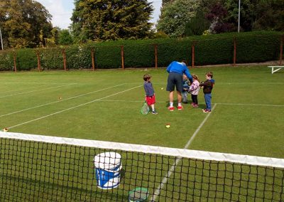 how-to-hold-racket-driffield-lawn-tennis-club-nature-valley-big-weekend-19-may-2019