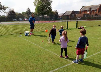 little-ones-playing-tennis-driffield-lawn-tennis-club-nature-valley-big-weekend-19-may-2019